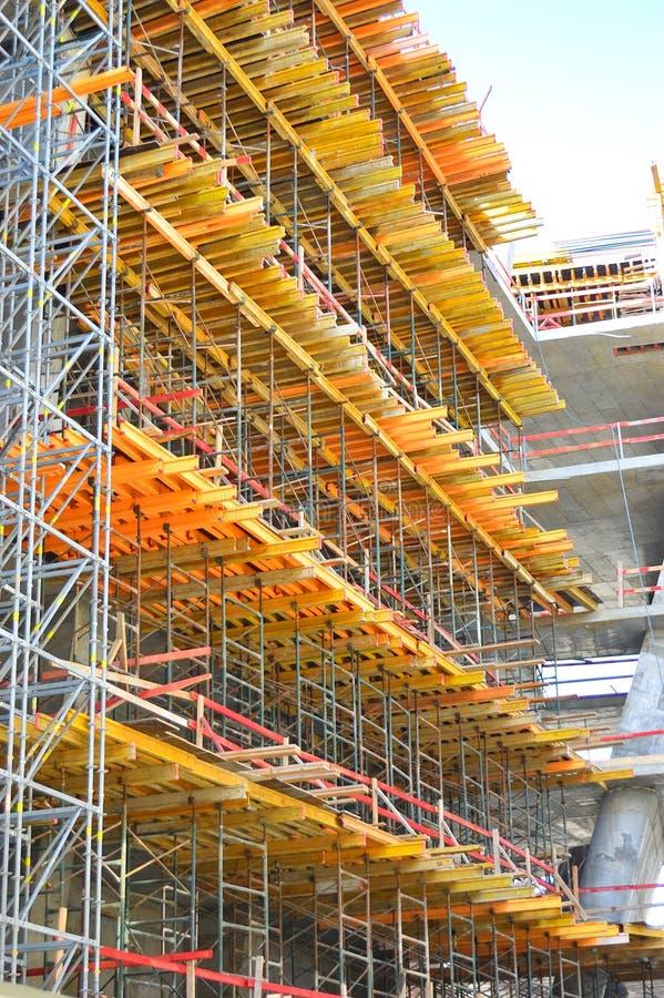 Konstruktionsmaterial till byggnadsställning arkivbild