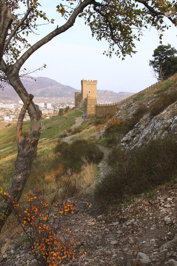 Konsulats- Turm der Genoese Festung in Krim-Halbinsel lizenzfreies stockbild