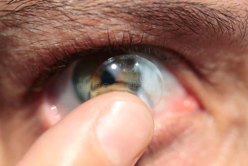 Kontaktlinse lizenzfreies stockbild