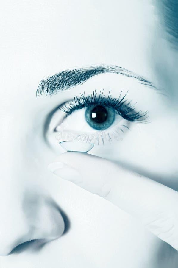 Kontaktlinsen für Augen lizenzfreies stockbild
