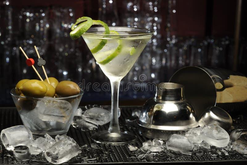 kontaminacja koktajl zawiera eps10 wizerunku Martini trybów przezroczystość różnorodną zdjęcia stock