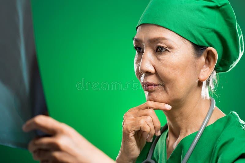Kontemplować Lekarkę Obraz Stock