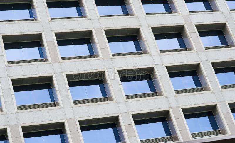 Kontorsbyggnad Windows fotografering för bildbyråer