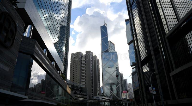 Kontorsbyggnader i centrala Hong Kong arkivbilder