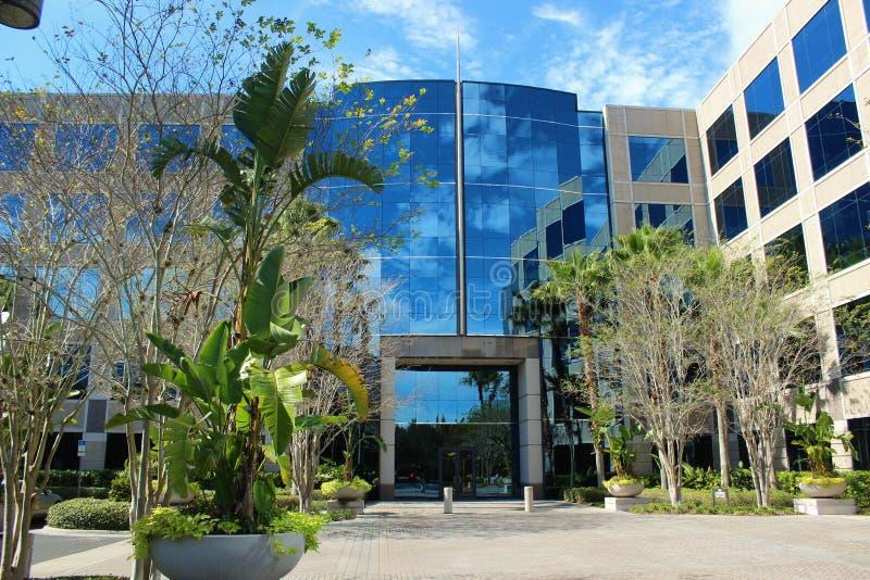 Kontorsbyggnadyttersida 2 royaltyfri bild