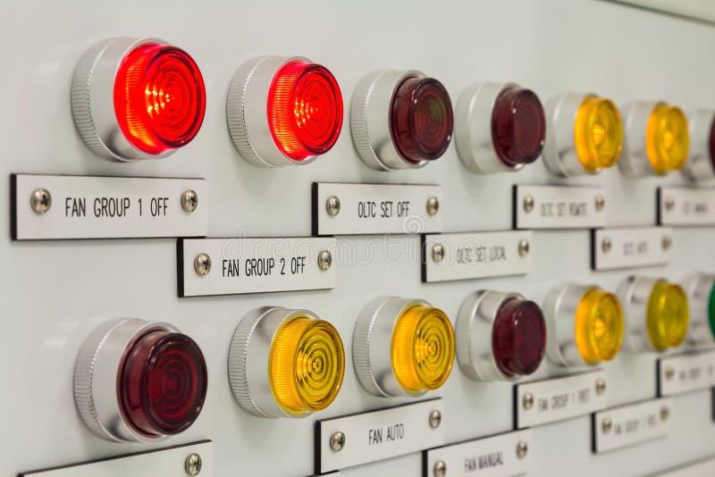 Kontroll-Lampen lizenzfreie stockfotografie