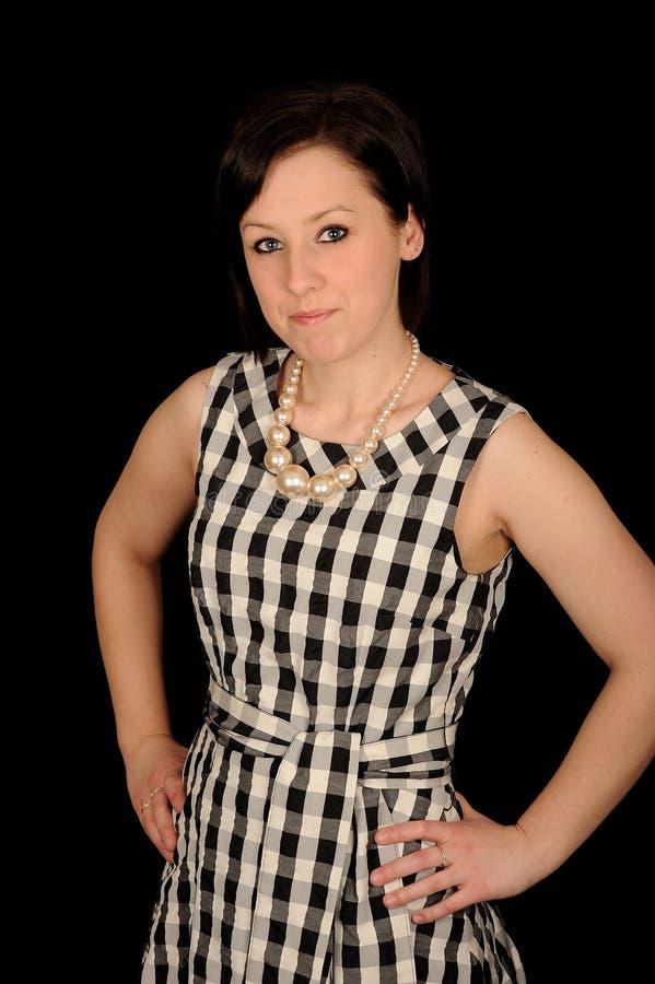 kontrollera den slitage kvinnan för klänningen fotografering för bildbyråer