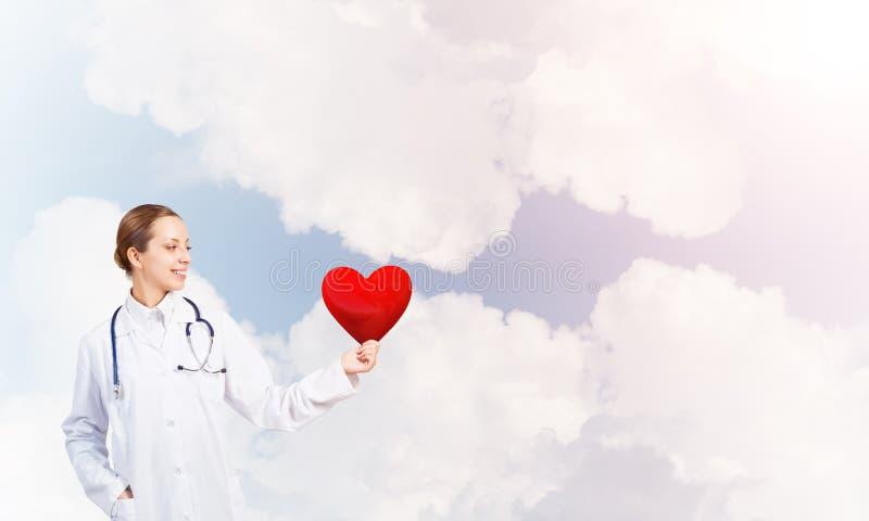 Kontrollera din hjärtahälsa royaltyfria foton