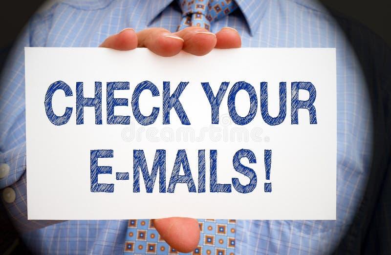 Kontrollera dina mejl arkivbild
