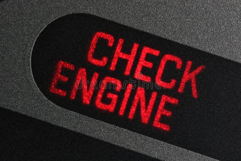 Kontrollera motorvarningsljus arkivbild