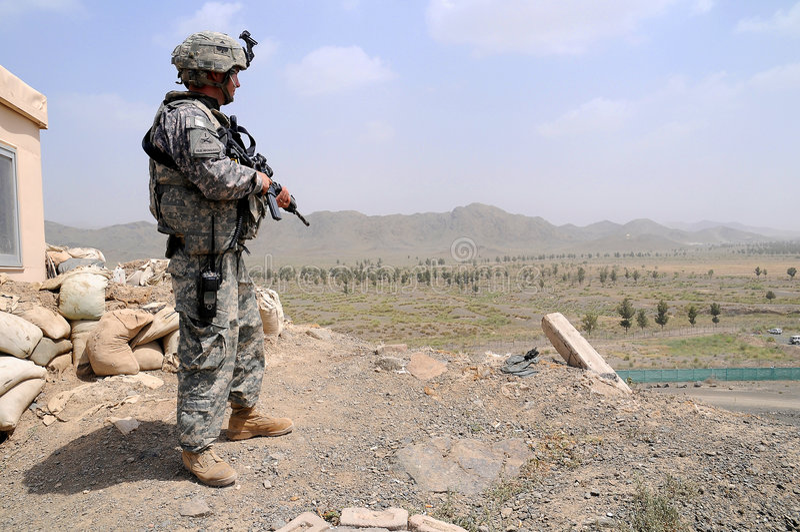 Kontrollpunkt auf dem afghanischen Rand lizenzfreie stockfotos