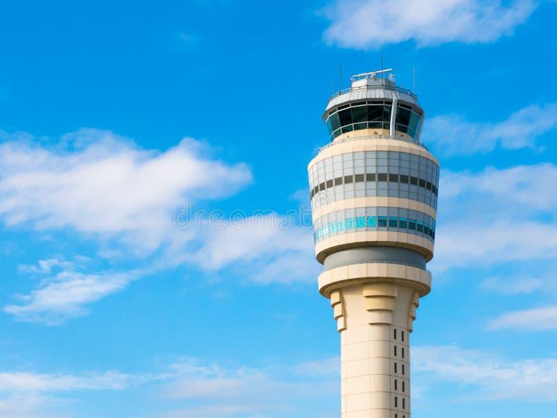 Kontrolltorn av den Hartsfield Jackson flygplatsen, Atlanta, Georgia, U royaltyfria foton