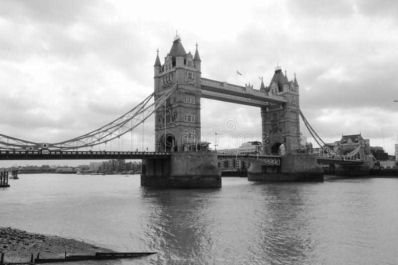 Kontrollturm Bridge1 stockfotos