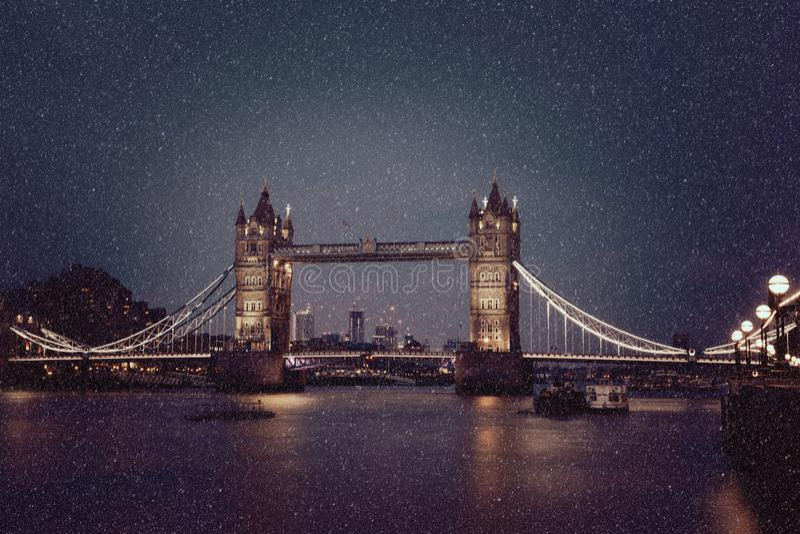 Kontrollturm Bridge1 stockfoto