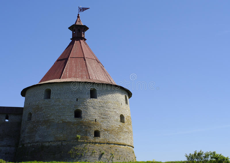 Kontrollturm der schlisselburg Festung des sonnigen Tages stockfoto