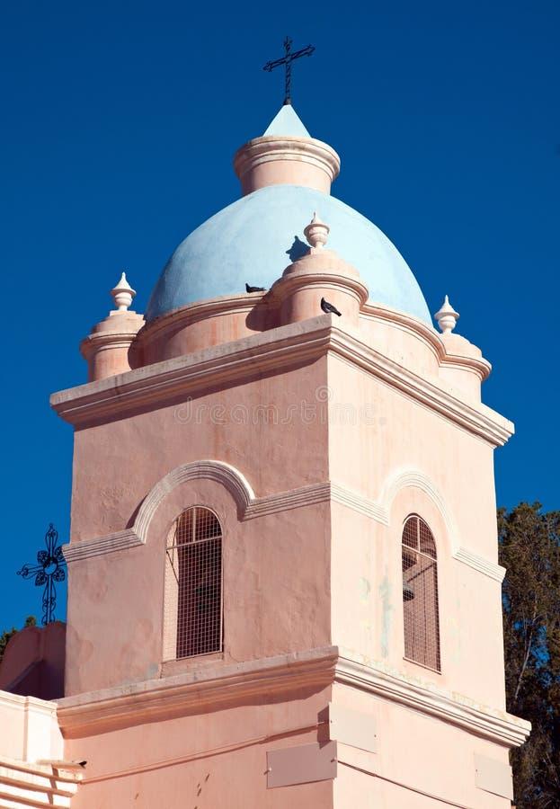 Kontrollturm einer landwirtschaftlichen Kirche lizenzfreies stockbild