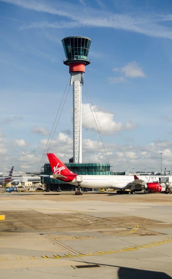 Kontrollturm, Heathrow-Flughafen, London stockfoto