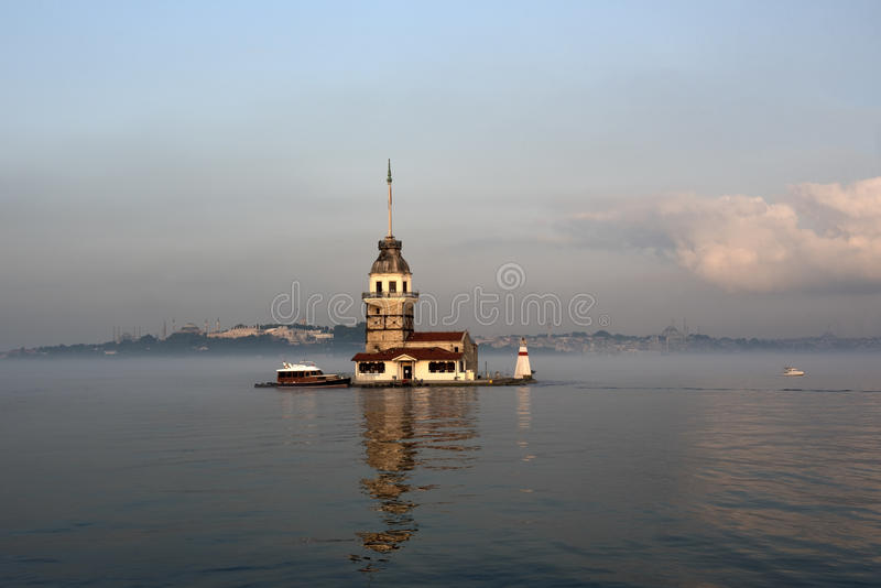Kontrollturm Istanbul die Türkei der Maids lizenzfreies stockfoto