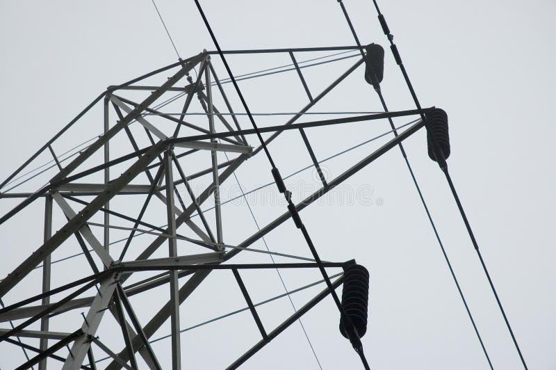Download Kontrollturm mit Drähten stockbild. Bild von seilzüge, aufsatz - 42541
