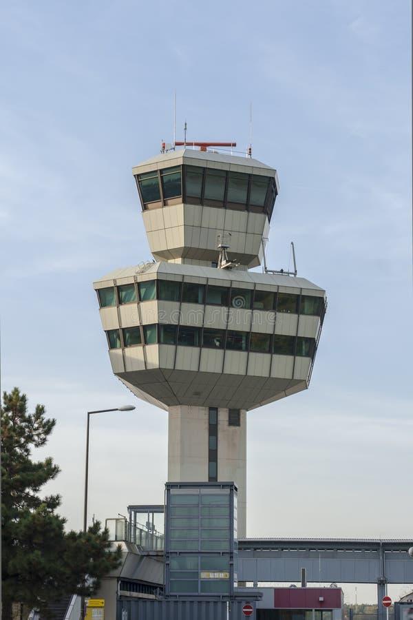 Kontrollturmflughafen Tegel stockbild
