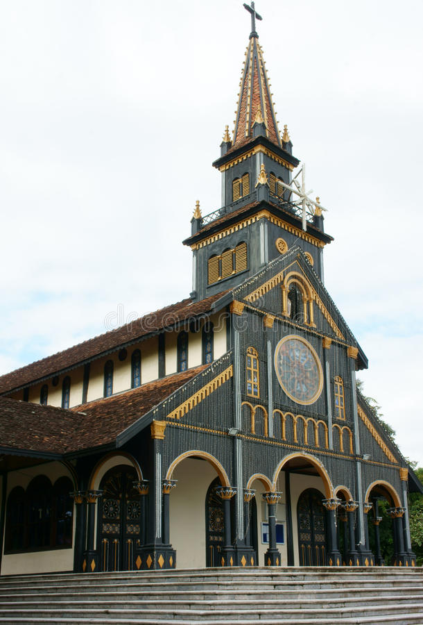 Kontum houten kerk, oude kathedraal, erfenis royalty-vrije stock foto