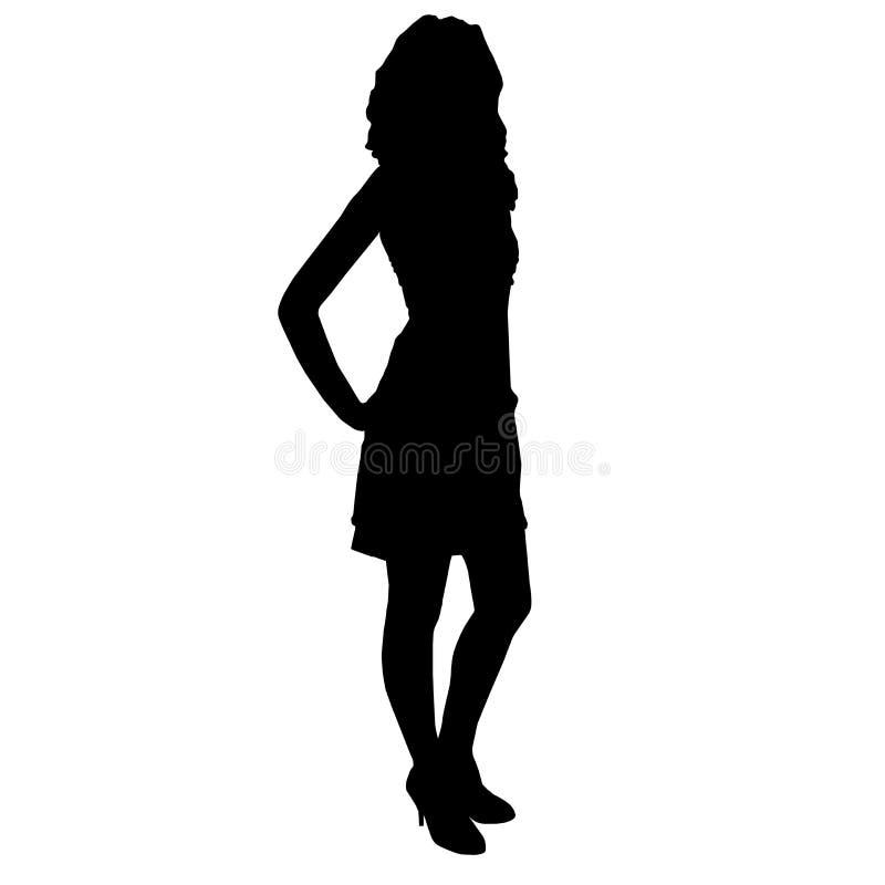 Kontur av den slanka härliga kvinnaflickan med långa ben som bekläs i coctailklänningen och höga häl som står med händer på henne stock illustrationer