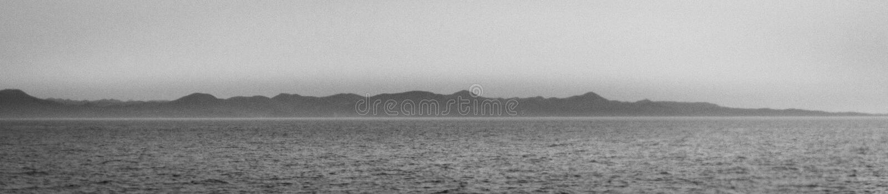 Kontur av kustlinjen för Tsushima ö Tsushima Nagasaki prefektur, Japan, Asien arkivbilder