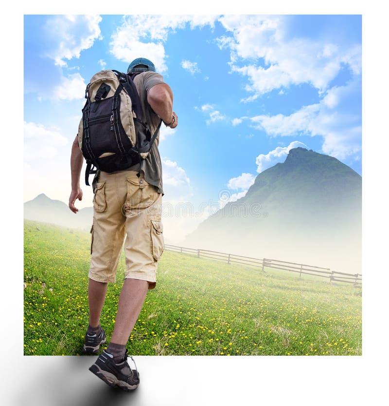 Download Konturer Av Turister Och Ett Härligt Landskap Arkivfoto - Bild av handelsresande, kommandosoldat: 78725186
