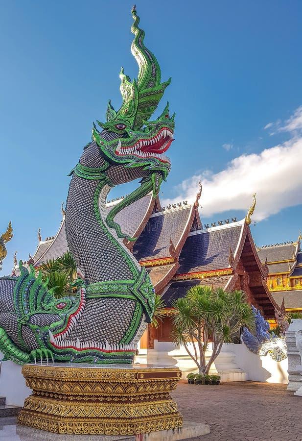Konung av Nagas på Thailand arkivfoton