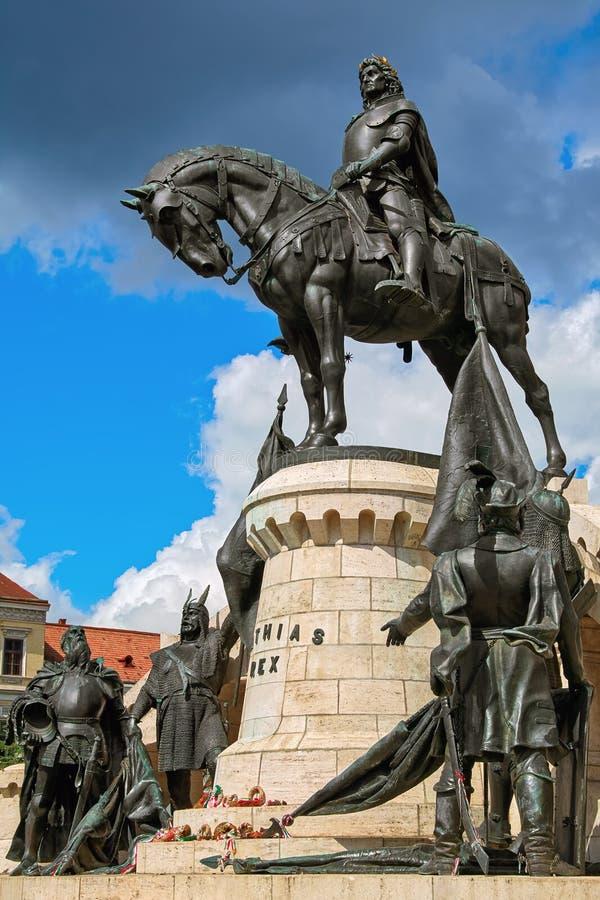 Konung Matthias Corvin Statue royaltyfria bilder