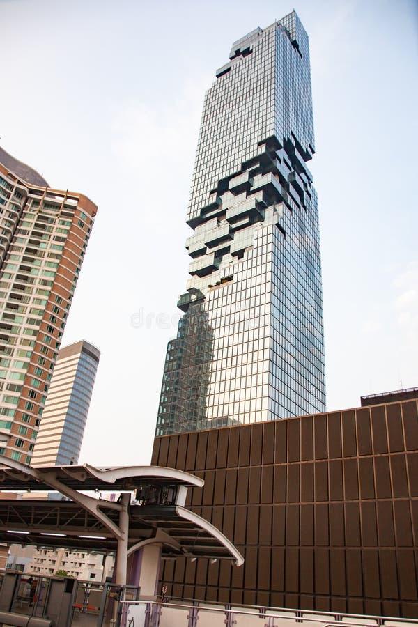 konungmaktmahaNakhon, den mest högväxta byggnaden i Bangkok royaltyfri bild