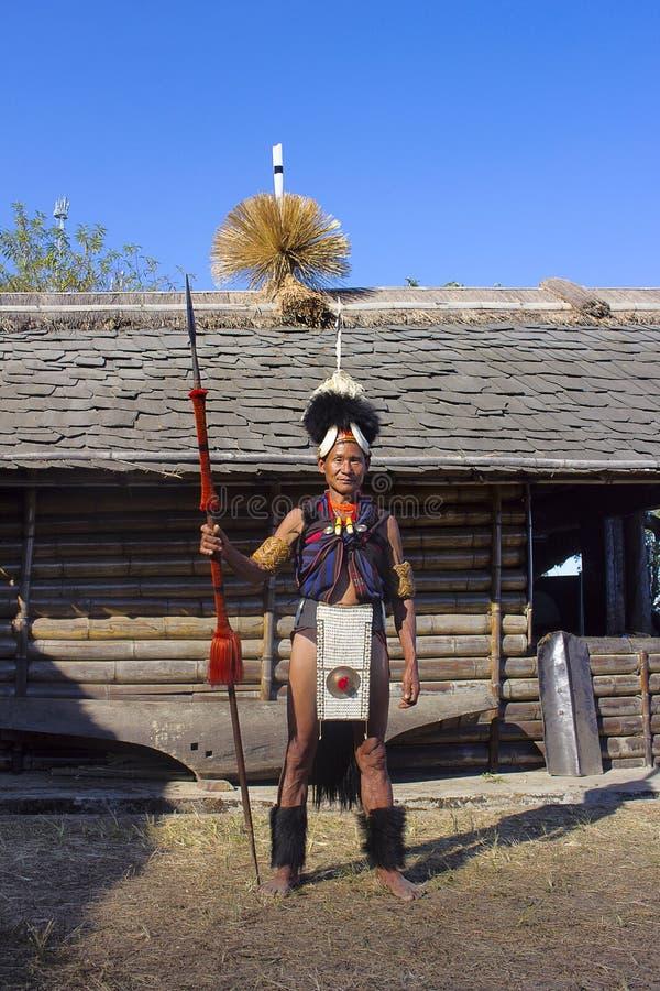 Konyak-Stammmann an Horbnill-Festival, Kisama, Nagaland lizenzfreies stockbild