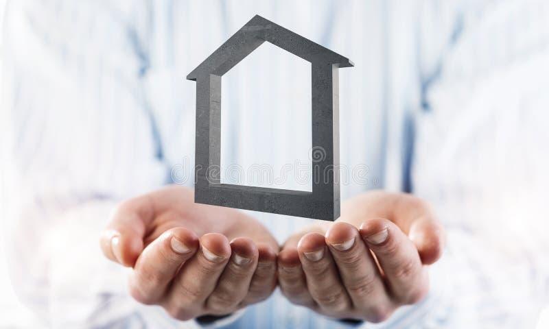 Konzept des Erfolgs und Wohnungen dargestellt durch Steinsymbol in m stockfotografie