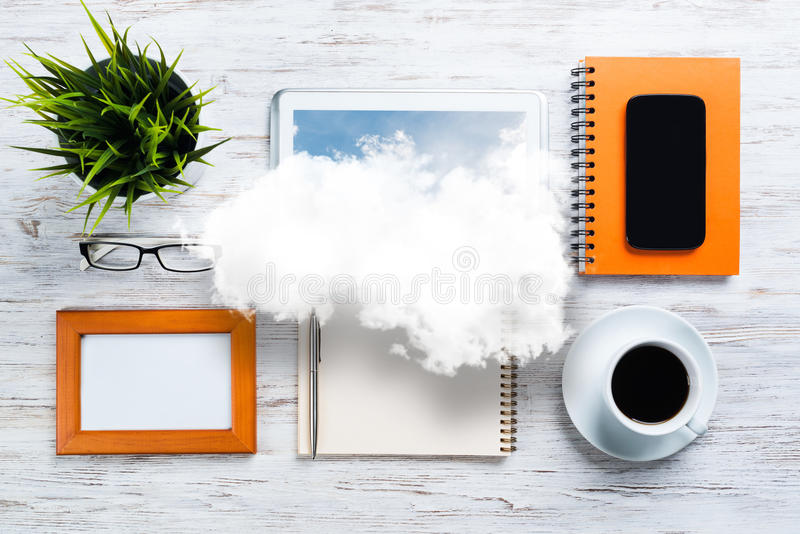 Konzept des modernen Geschäftsarbeitsplatzes lizenzfreies stockfoto