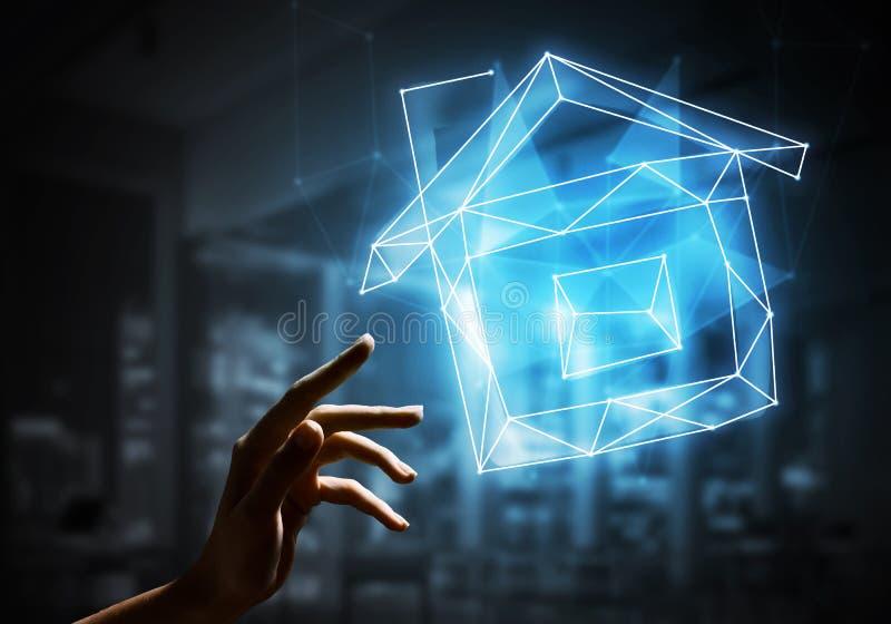 Konzept von Hausautomationsausgangsanwendungen mit Ikone auf dunklem Hintergrund stockfoto