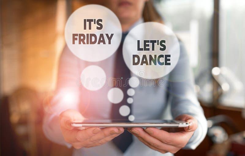 Konzeptuelle Handschrift zeigt Es ist Freitag Let s is Dance Business Foto Text Celebrate ab Wochenende Go stockfotos