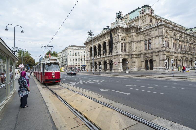 Konzertvereinigungs-Wiener Würstchen Staatsopernchor in Wien stockbild