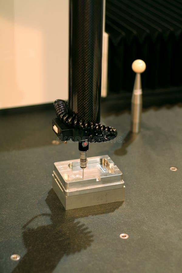 Koordinatemessen der hohen Präzision 3D (CMM) lizenzfreies stockbild