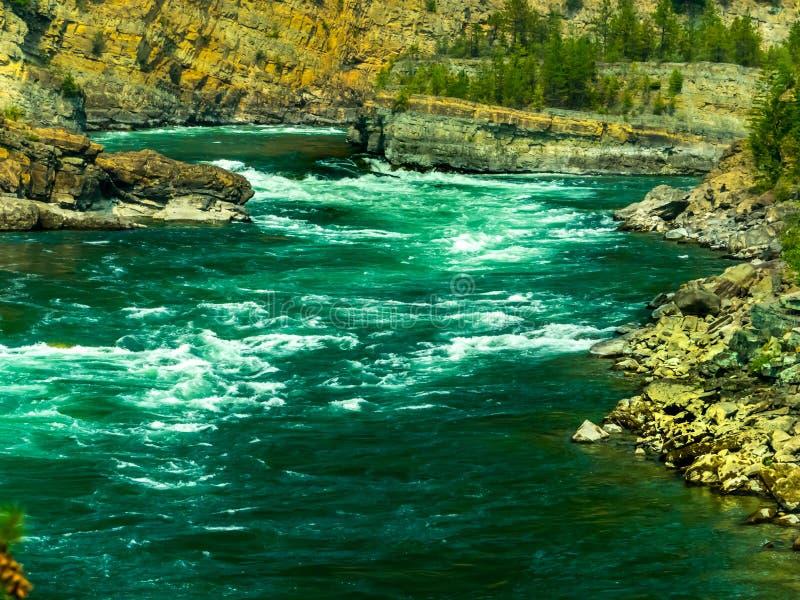 Kootenai rzeka Pod spadkami obraz royalty free