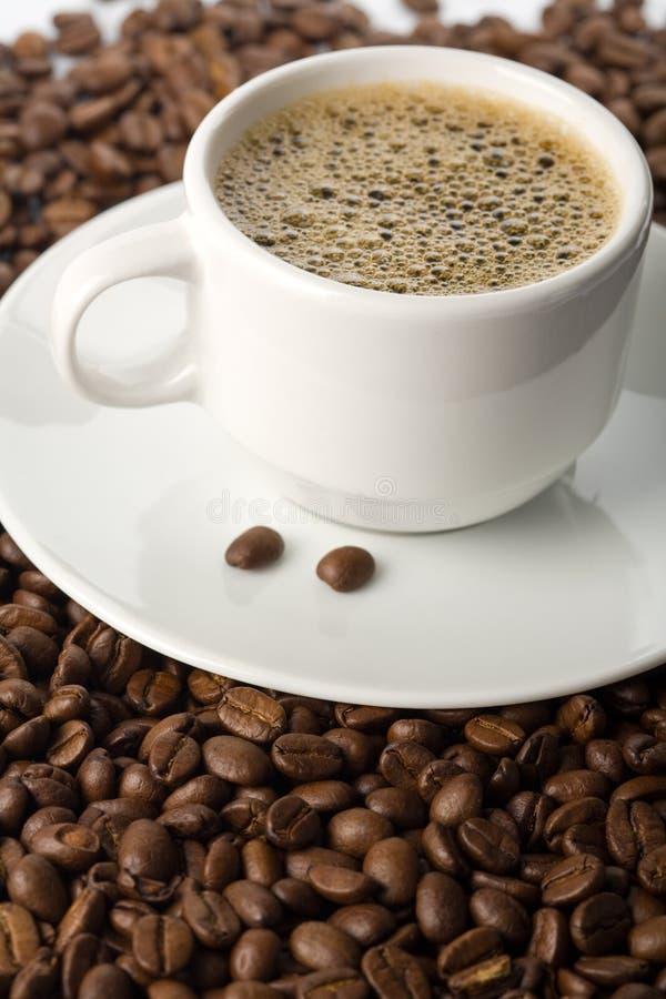Kop Koffie En Koffiebonen Stock Fotografie
