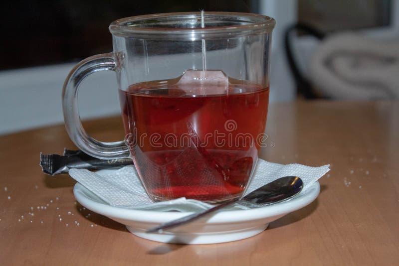 Kop thee op de lijst royalty-vrije stock afbeeldingen
