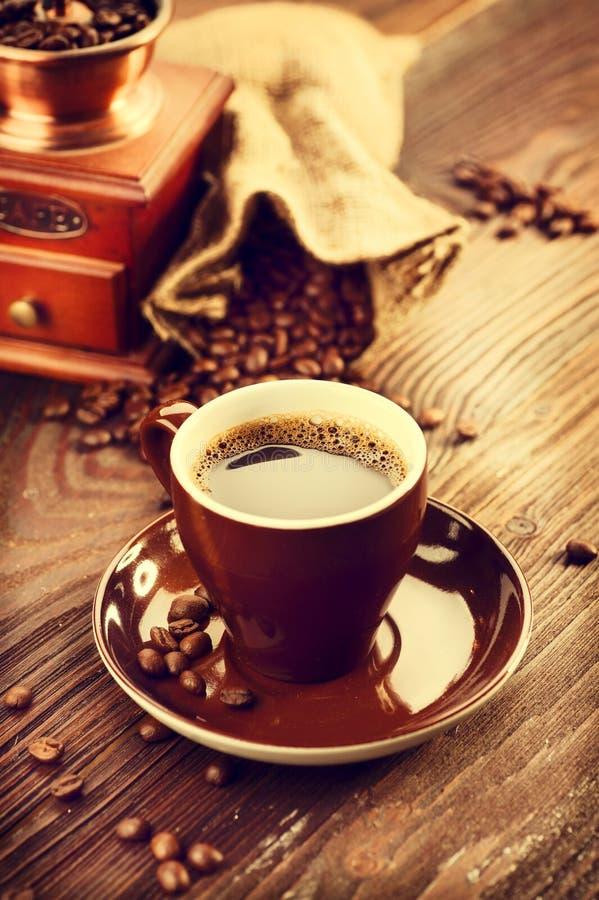 Kop van aromatische koffie royalty-vrije stock afbeeldingen