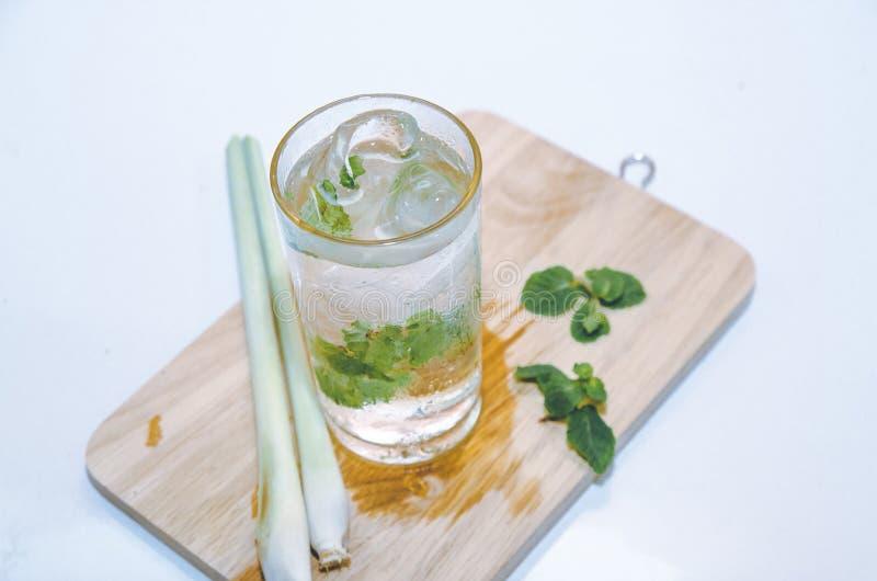 Kop van groene thee royalty-vrije stock afbeeldingen