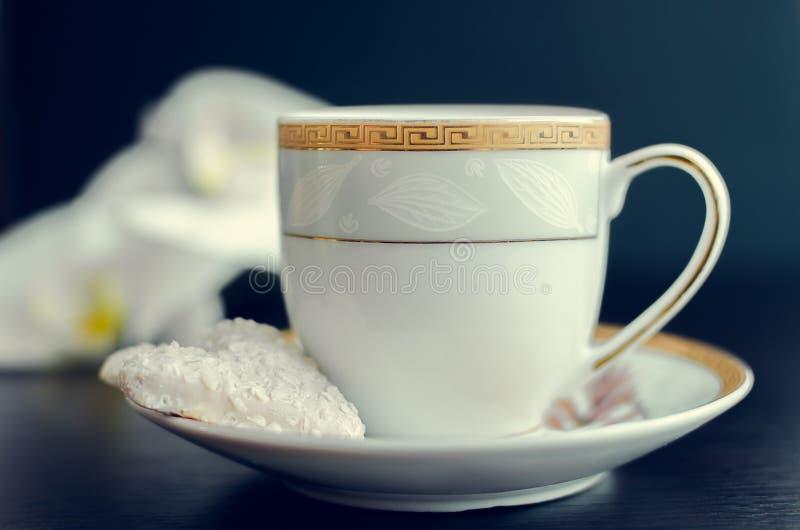 Kop van koffie en koekje royalty-vrije stock foto