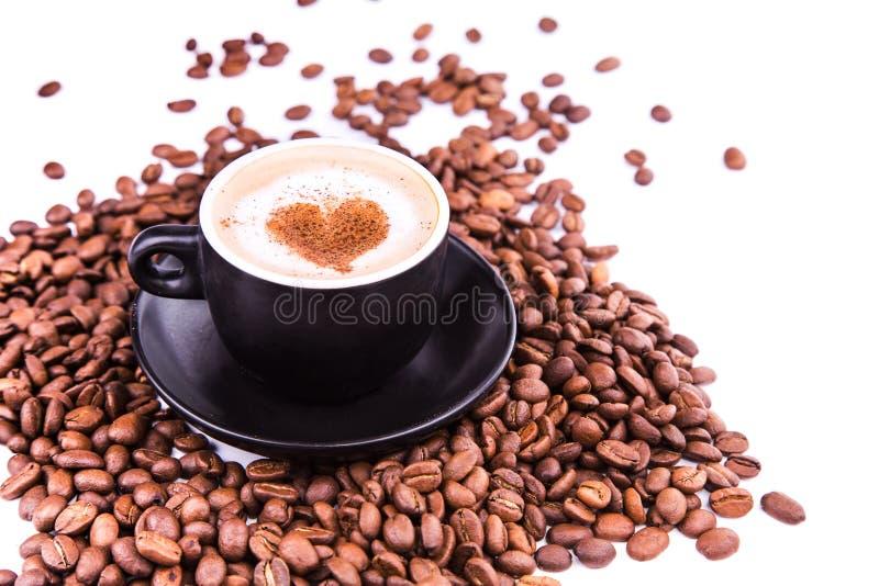 Download Kop Van Koffie Met Een Hart. Koffiepauzeconcept. Stock Foto - Afbeelding bestaande uit ontbijt, ontwerp: 29508164