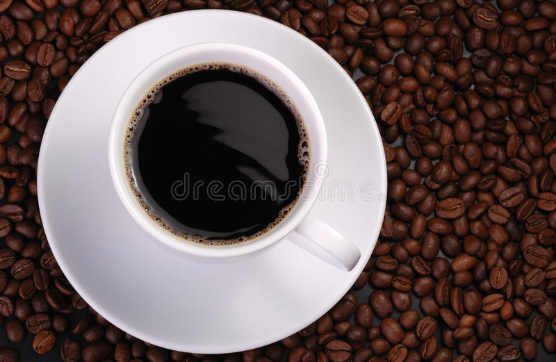 Kop van koffie met golf royalty-vrije stock afbeeldingen