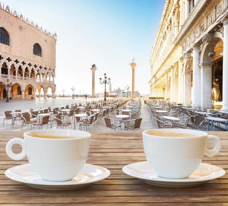 Kop van koffie in Venetië royalty-vrije stock afbeeldingen