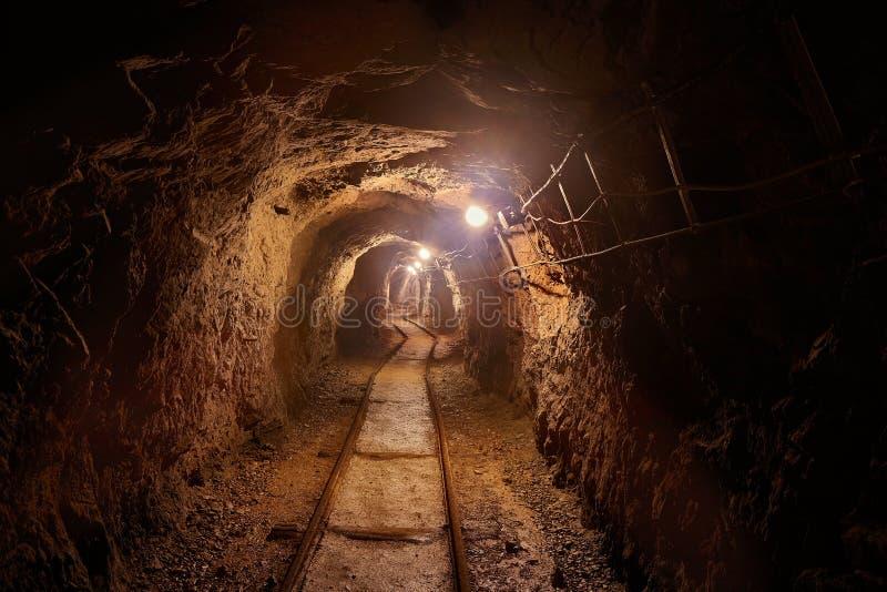 kopalniany stary tunel obrazy stock