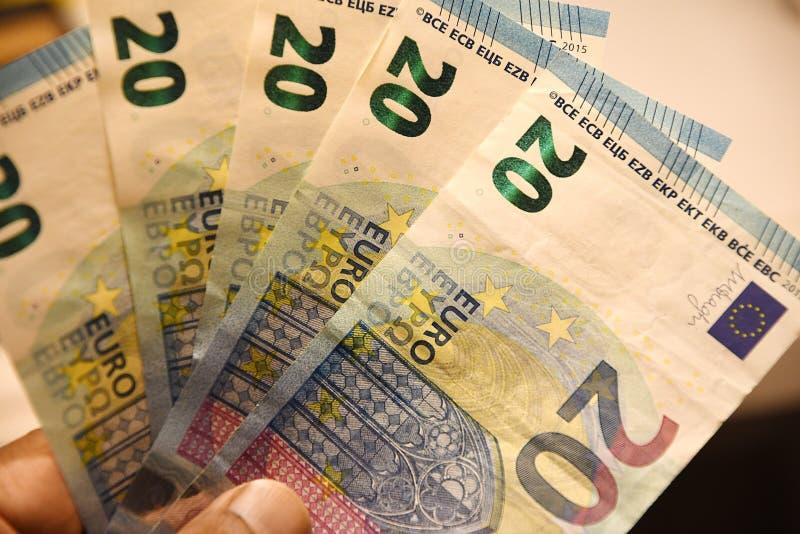 Kopenhaga, Dani 12/ Listopad 2018 Europejski waluta euro 20 notatek w Kopenhaga Dani fotografia Francis Joseph dziekan/ obrazy stock