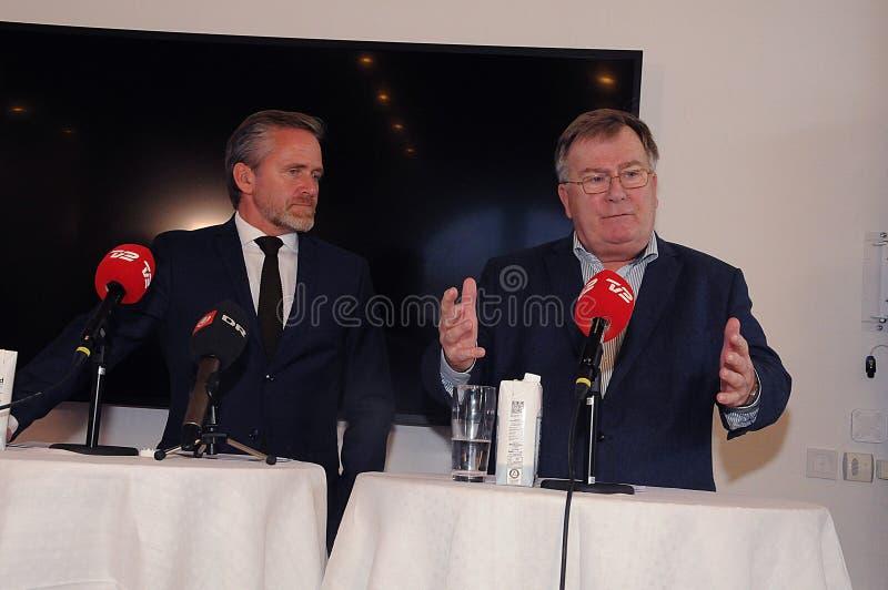 Kopenhagen/Denemarken 15 November 2018 Van drie ministersanders samuelsen van Denemarken de Deense minister voor buitenlandse zak stock afbeeldingen